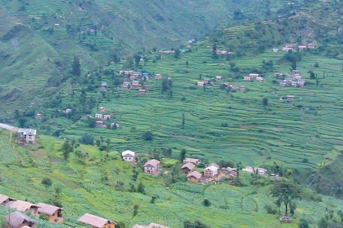 लकडाउनको प्रभाव ः गरीव परिवारलाई खानाको पिरलो, स्थानीय सरकारले कहिले गर्छ राहत वितरण ?