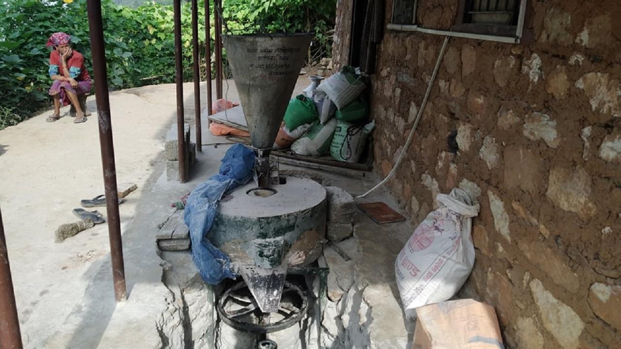 सल्यानका घनश्यामले बनाएको विद्युतीय घट्ट लोकप्रिय बन्दै, नेपालमै पहिलो भएको दाबी