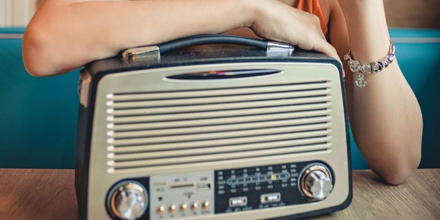 आज विश्व रेडियो दिवस