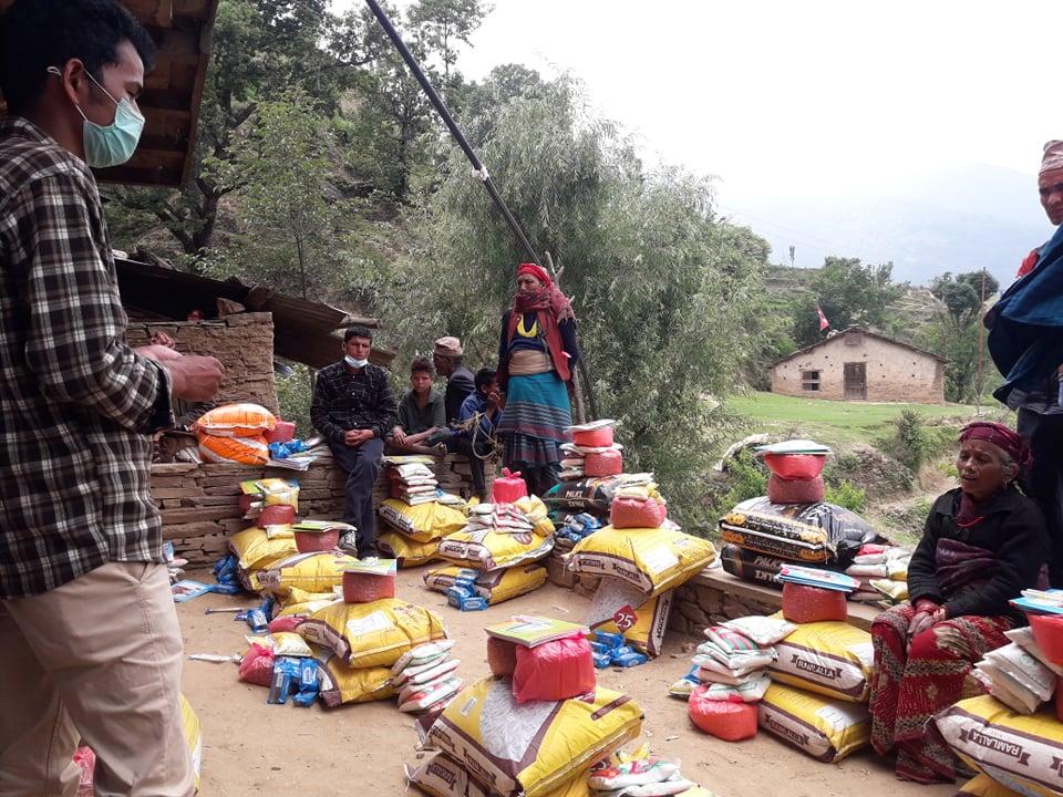 जोखिममा परेका बालबालिकाका परिवारलाई कुशेमा राहत